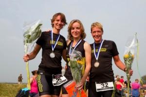 Het dames podium op de kwart triathlon. Foto: Annet van Raalte www.sportiefzwolle.nl