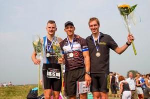 Het mannenpodium op de Kwart Triathlon. Foto: Annet van Raalte www.sportiefzwolle.nl